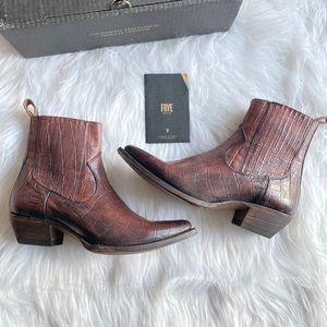 Women's Frye Leather Sacha Chelsea Western